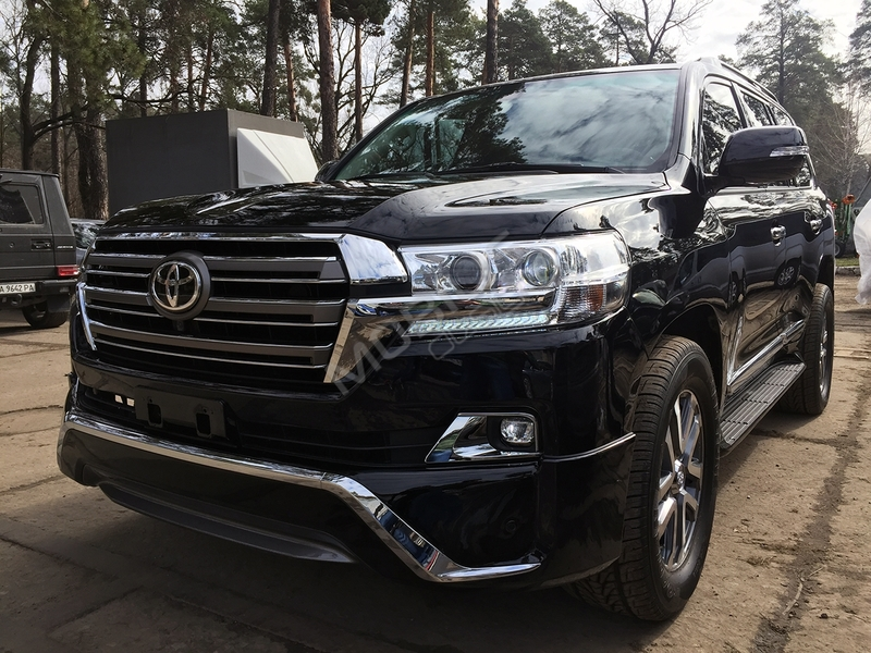 TOYOTA Land Cruiser 200 2008 - рестайлинг в 2016 год
