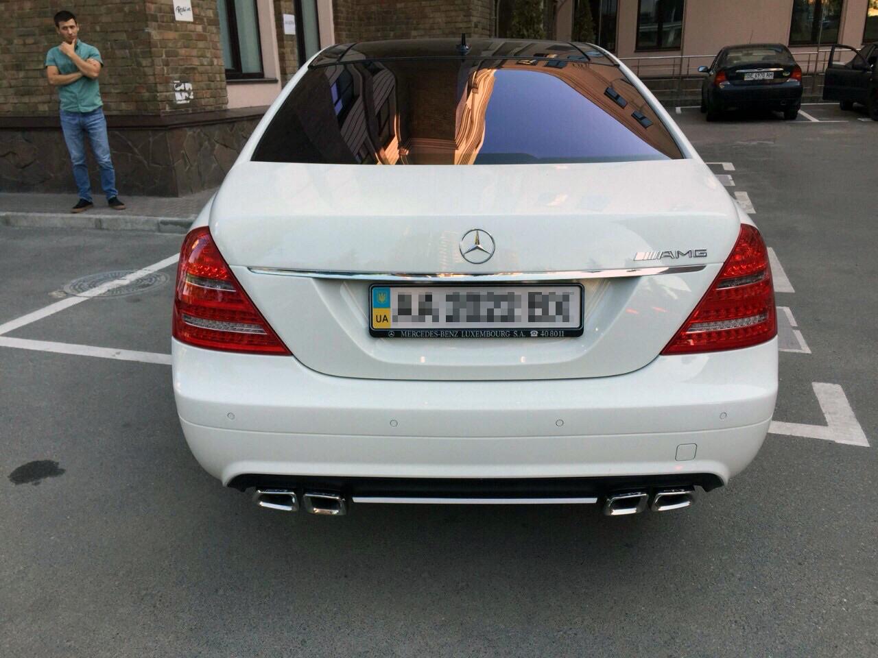 Mercedes-Benz S550 2006 - установка диффузора и насадок на гулишетель S63 + рестайлинговые фонари